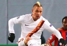 Radja Nainggolan, fonte Дмитрий Голубович – soccer.ru, CC BY-SA 3.0, https://commons.wikimedia.org/w/index.php?curid=36983093