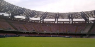 Stadio San Paolo, casa del Napoli, fonte Di Pochos di Wikipedia in italiano, CC BY-SA 3.0, https://commons.wikimedia.org/w/index.php?curid=24758037