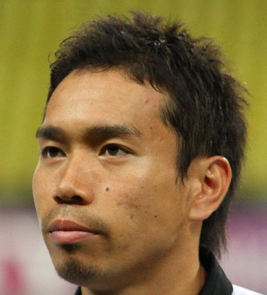 Yuto Nagatomo fonte foto: Di Майоров Владимир - http://www.soccer.ru/gallery/45233, CC BY-SA 3.0, https://commons.wikimedia.org/w/index.php?curid=16779911