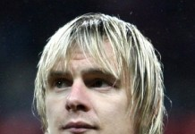 Milos Krasic, fonte Di Yulia Novikova for Soccer.ru - cropped from Soccer.ru photo, CC BY-SA 3.0, https://commons.wikimedia.org/w/index.php?curid=10231900
