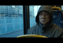 Jackie Chan in The Foreigner, fonte screenshot youtube