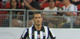Leonardo Bonucci fonte foto: Di Photo by Muhammad Ashiq from Singapore, SingaporeCropped by Danyele - Singapore Selection vs Juventus (original photo), CC BY-SA 2.0, https://commons.wikimedia.org/w/index.php?curid=43900233