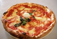 La pizza di Napoli, Fonte Foto: Google