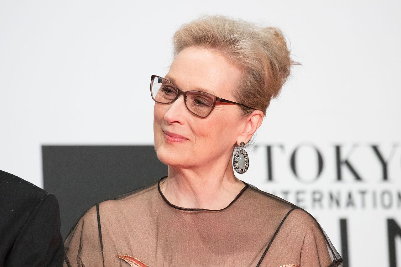 Meryl_Streep_from_-Florence_Foster_Jenkins-_at_Opening_Ceremony_of_the_Tokyo_International_Film_Festival_2016_(33515581311)