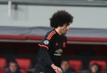 Marouane Fellaini, fonte By Дмитрий Голубович - http://www.soccer.ru/galery/667228/photo/480230, CC BY-SA 2.5, https://commons.wikimedia.org/w/index.php?curid=44543203
