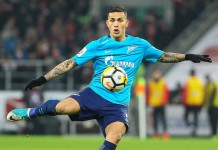 Paredes, Zenit, fonte By Дмитрий Садовников - https://www.soccer0010.com/galery/1025102/photo/697047, CC BY-SA 3.0, https://commons.wikimedia.org/w/index.php?curid=64400323