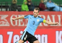 Diego Godin, fonte By Ailura, CC BY-SA 3.0 AT, CC BY-SA 3.0 at, https://commons.wikimedia.org/w/index.php?curid=64365298