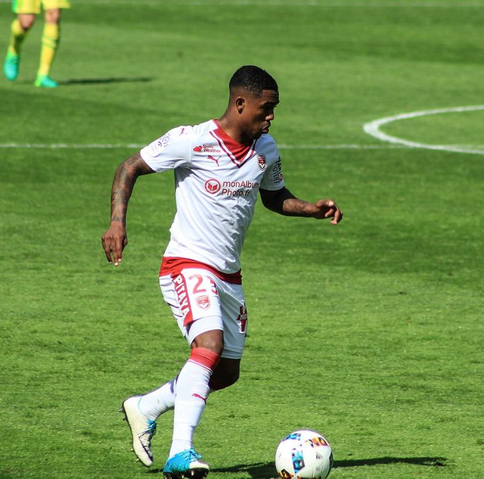 Malcom, fonte By Fabrizio Neitzke from Santos, Brasil - 38 FC Nantes x Bordeaux, CC BY-SA 2.0, https://commons.wikimedia.org/w/index.php?curid=66484850