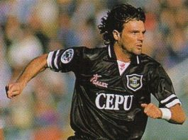 Marco Negri fonte foto: Di sconosciuto - Figurina n. 217 di Pianeta Calcio 96/97, Modena, DS, 1996., Pubblico dominio, https://it.wikipedia.org/w/index.php?curid=6209891
