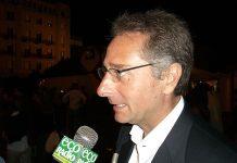 Paolo Bonolis, conduttore Ciao Darwin, fonteDi https://www.flickr.com/photos/elenatorre/ Elena Torre] - Flickr.com, CC BY-SA 2.0, https://commons.wikimedia.org/w/index.php?curid=4395026