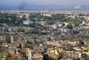 "Campania, contagi in risalita. De Luca: ""Ingressi incontroll"