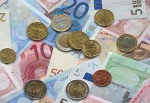 Euro, banconote e monete, fonte Pixabay