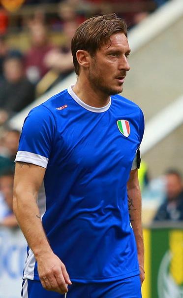 Francesco Totti, fonte By Антон Зайцев - soccer.ru, CC BY-SA 3.0, https://commons.wikimedia.org/w/index.php?curid=66114399