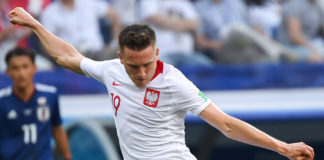 Zielinski, fonte By Светлана Бекетова - https://www.soccer.ru/galery/1055900/photo/734335, CC BY-SA 3.0, https://commons.wikimedia.org/w/index.php?curid=70359809