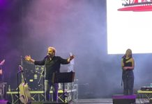 Tony Tammaro all'ex Base Nato di Bagnoli a Napoli più di un concerto, uno spettacolo!