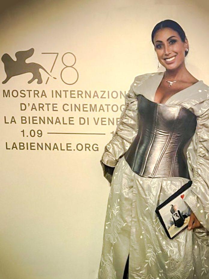 Mostra del Cinema di Venezia Marianna Bonavolontà porta sul red carpet il dramma delle donne afgane